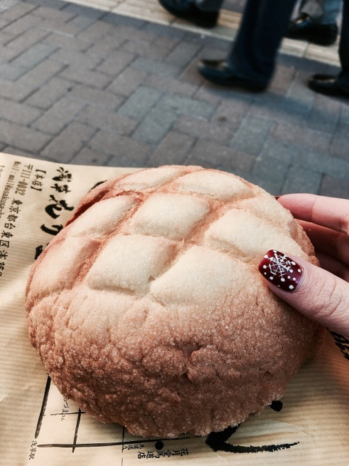 tokyo-asakusa-pineapple-bread-2016